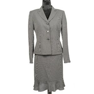 Tahari by Arthur S. Levine Skirt Suit 2 Pc Set